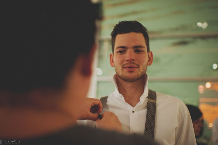 Adjusting suspenders by French Knot Studios // Photo by O'Studios